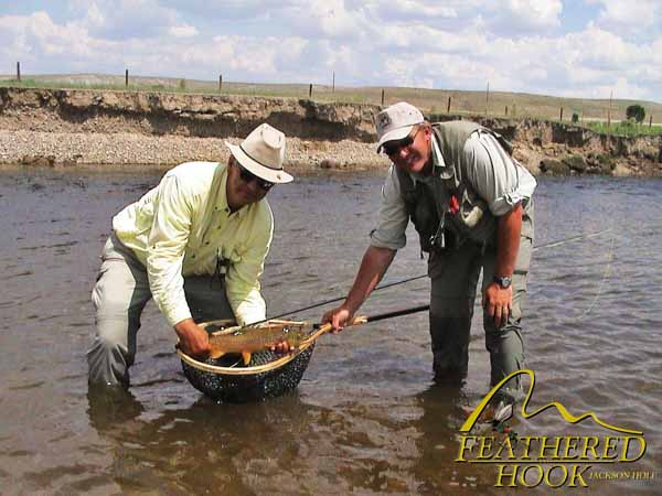 green-river-wyoming-fishing-trout-in-net
