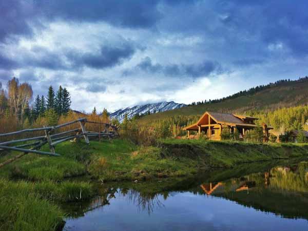 greys-river-wyoming-fishing-deadman-ranch-scenic
